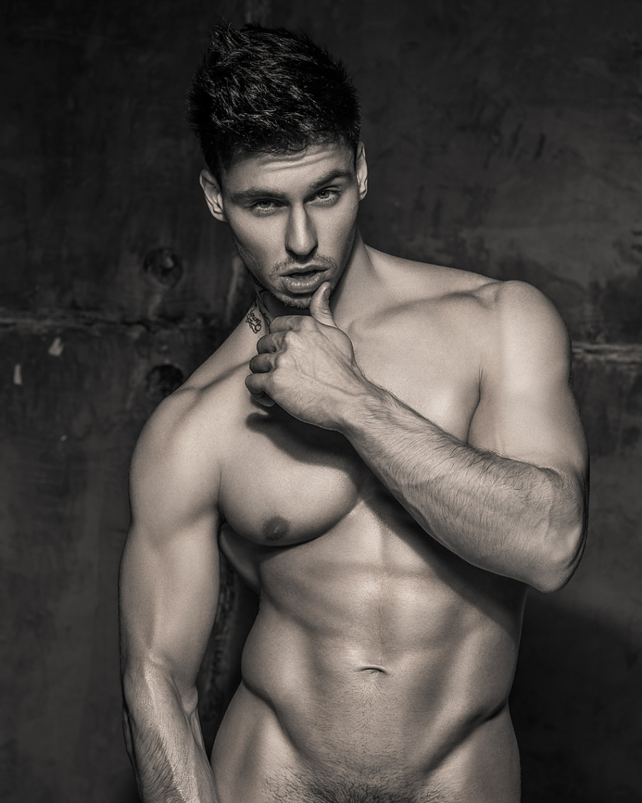 The Player: Alexander Timohin by Serge Lee